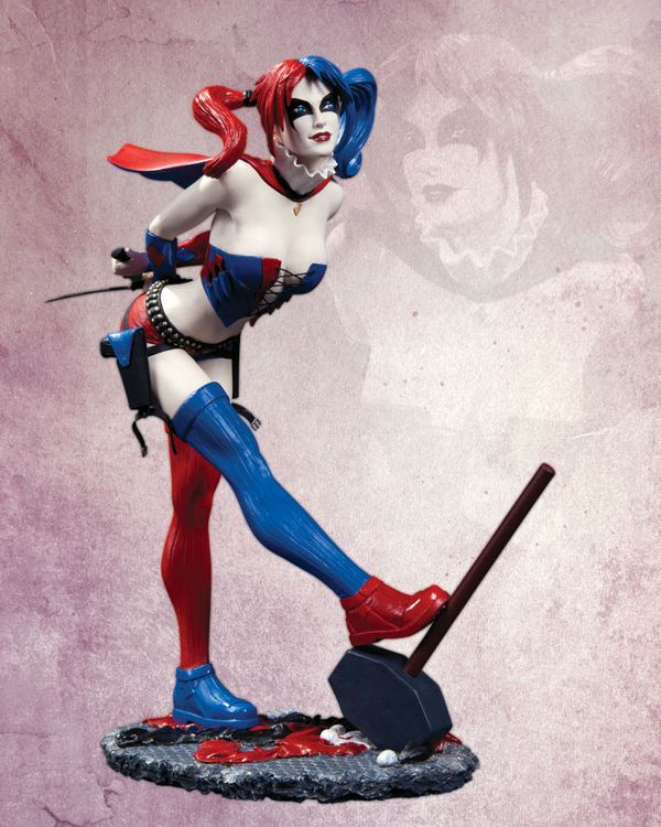 DC Comics Cover Girls: Harley Quinn Statue