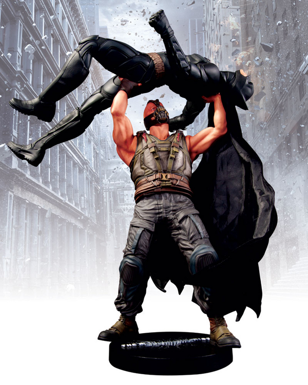 The Dark Knight Rises: Batman vs Bane Icon Statue
