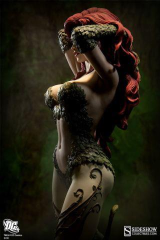 Sideshow Collectibles Poison Ivy Tease