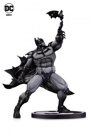 Batman by Freddie E. Williams III Statue