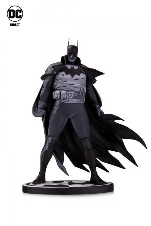 Batman Gotham by Gaslight by Mike Mignola Statue