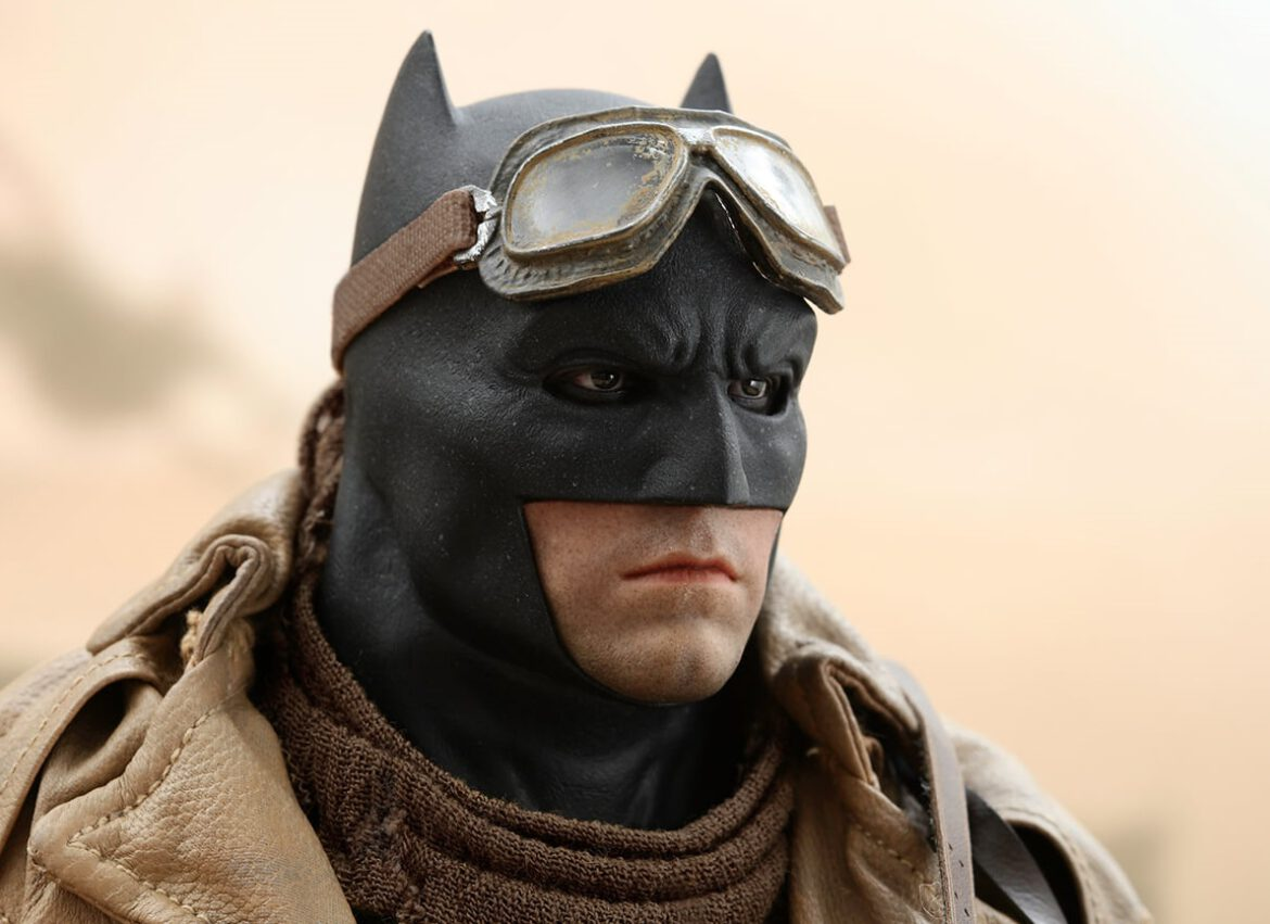 Hot Toys Knightmare Batman