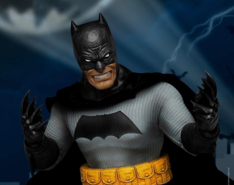 beast kingdom dark knight returns batman